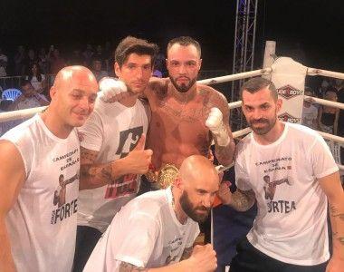 Fortea  vence a Clavero en una clase magistral de boxeo