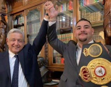 Andy Ruiz recibido por el presidente de México