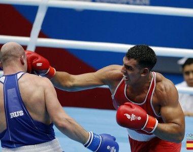 Ayoub Ghadfa Drissi debutó en el Mundial noqueando a Belverov, pasa a octavos de final