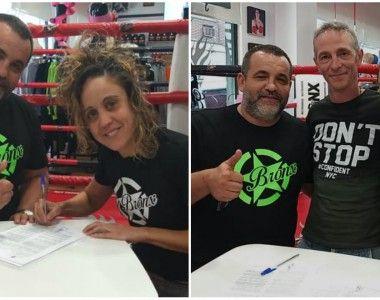 Violeta González e Ixa Rodríguez firman contrato con Promotions  Boxing Kas